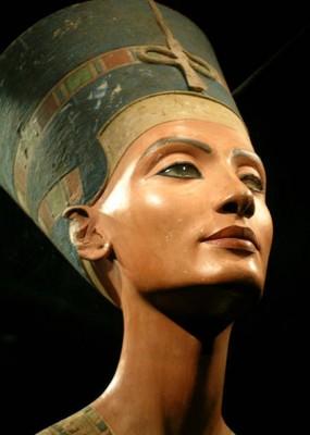 古代エジプト三大美女の一人といわれるネフェルテイティ